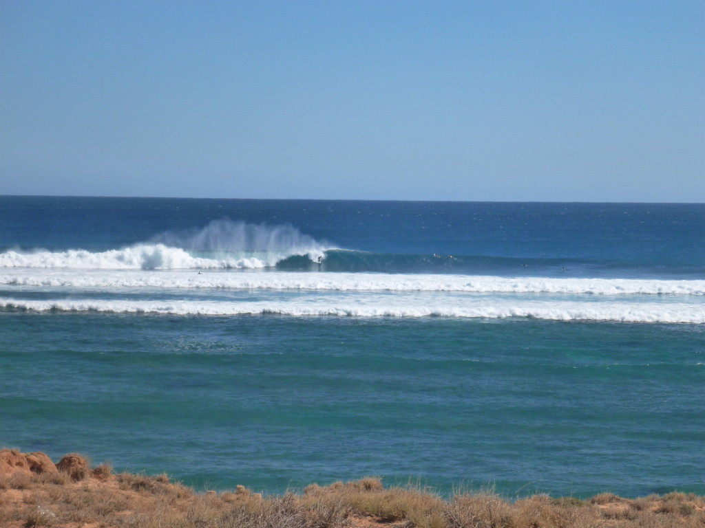 Surfing Tombstones at Gnaraloo