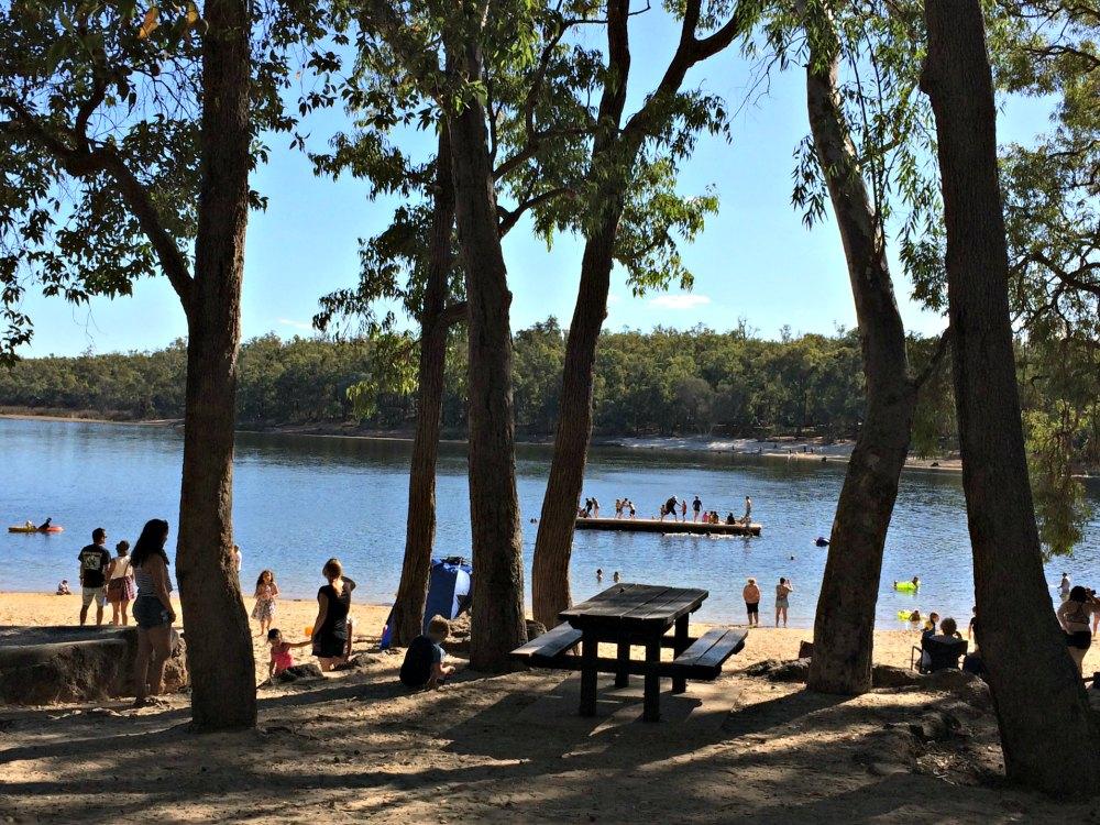 Camping Lake Leschenaultia